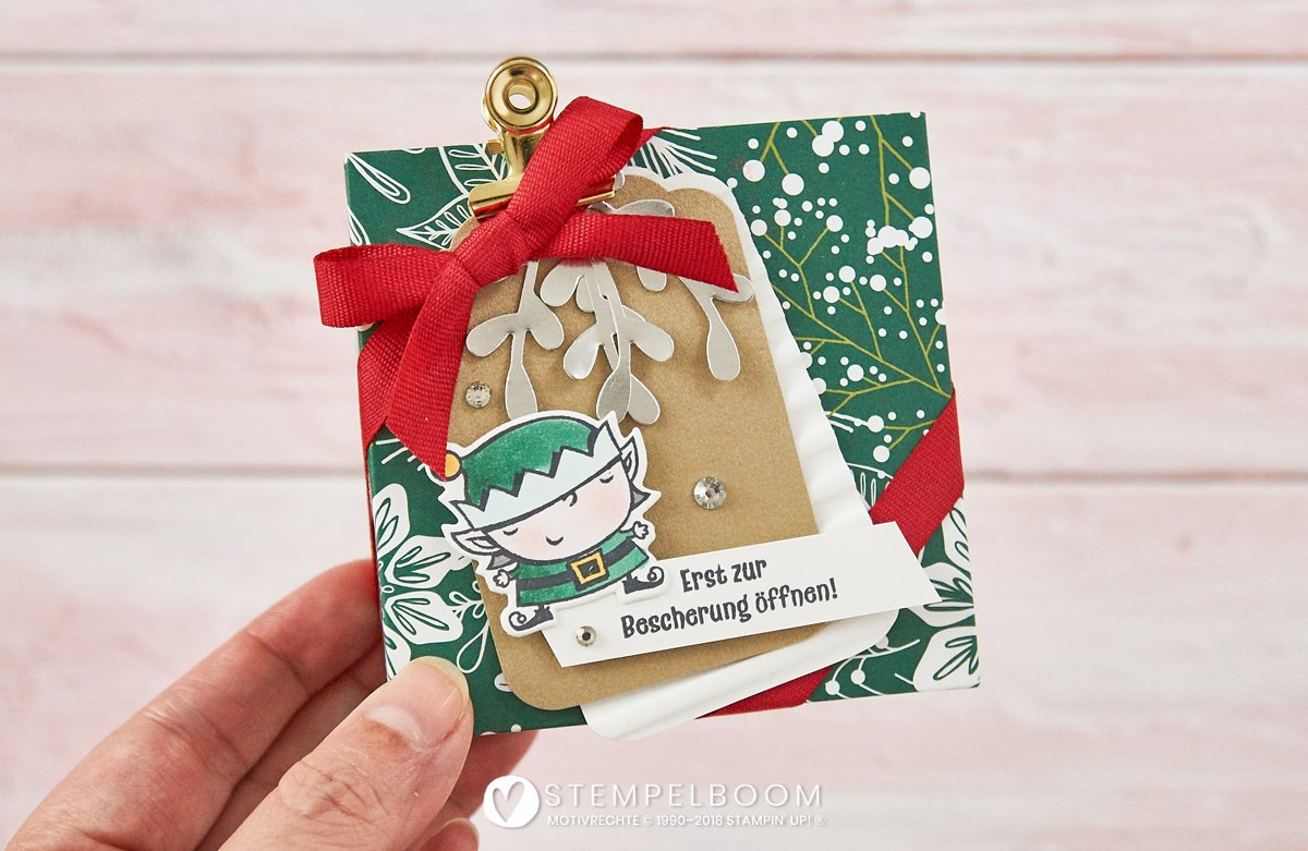 Kleines Geschenk-Schächtelchen zu Weihnachten mit dem Produktpaket Weihnachtswerkstatt von Stampin' Up!