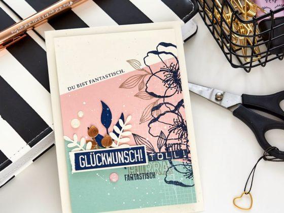 Glückwunschkarte zum Titelaufstieg | Blumen, Blütenzauber, Rankenrahmen